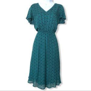 Retro Scalloped Pattern Bilayer V Neck Flowy Dress